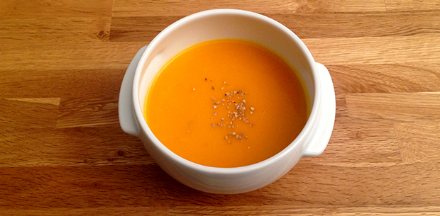 Soupe pic e butternut gingembre le monde dans l 39 assiette - Soupe butternut thermomix ...